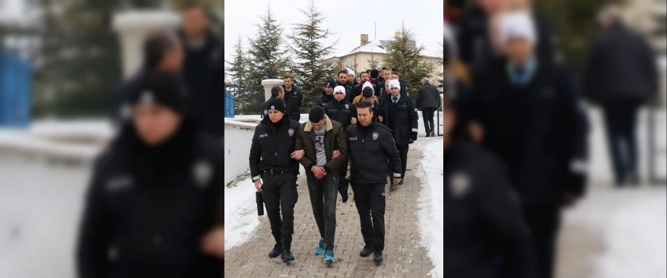200 polisin katılımıyla uyuşturucu operasyonu