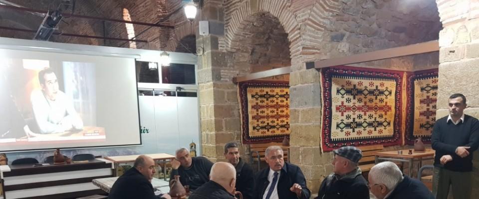 Özkan millet kıraathanesini ziyaret etti