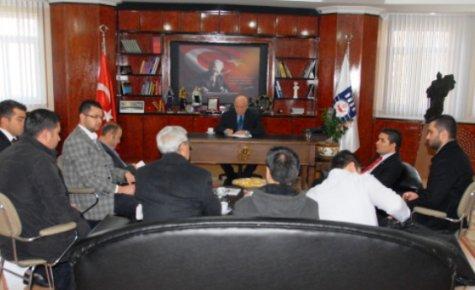 AKP Gençlik Kollarından Başkana Ziyaret