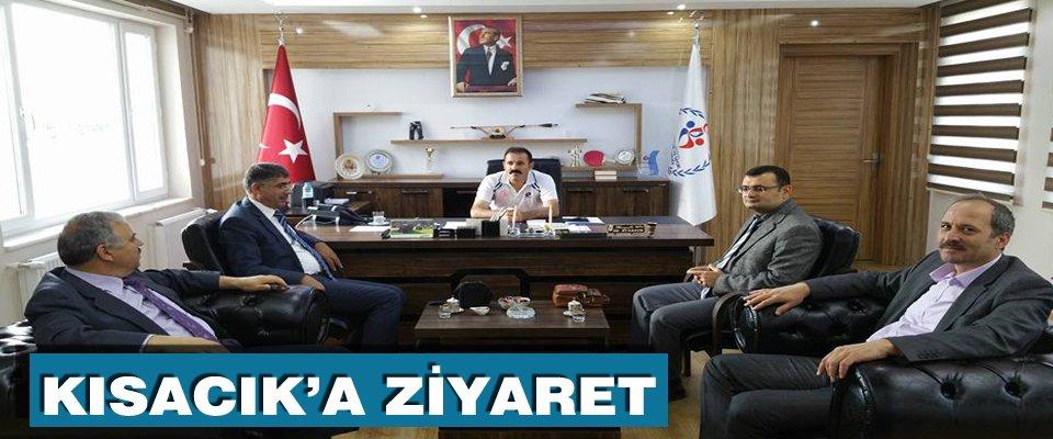 Cihannüma Derneği Karaman Şubesi Yönetim Kurulu Gençlik ve Spor İl Müdürü Hayati Kısacık ı makamında ziyaret etti.