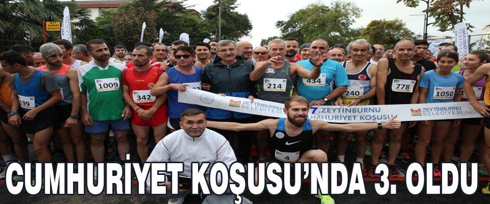CUMHURİYET KOŞUSU'NDA 3. OLDU