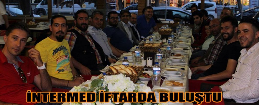 İNTERMED PAPYON KAFEDE