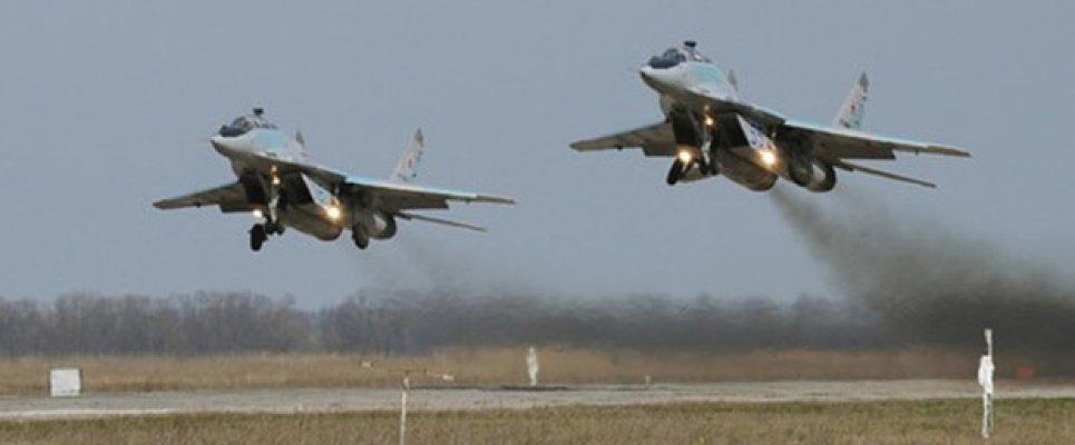 Rusya, Suriye'ye 6 savaş uçağı gönderdi