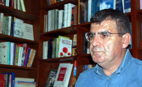 Şair Arif Ay Karaman'a Geliyor