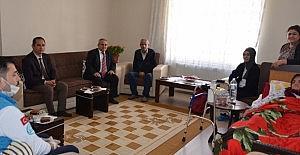 Kırşehir'de bin 136 hastaya evde sağlık hizmeti veriliyor