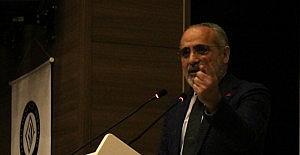 """Kırşehir'de """"Yerel Siyaset Yerli Düşünce"""" konferansı"""