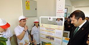 Sivas'ta TÜBİTAK 4006 Bilim Fuarı Sergisi açıldı