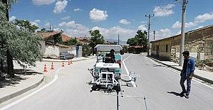 Karaman'da belediyenin yol çizgi çalışması