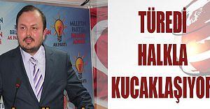 """""""GENÇ VE SEMPATİK ADAY ADAYI, HALKLA KUCAKLAŞIYOR"""""""