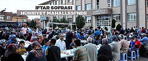 İFTAR SOFRASI HÜRRİYET MAHALLESİ'NDE