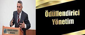 """KARATAŞ'TAN KMÜ'DE """"ÖDÜLLENDİRİCİ YÖNETİM"""" SÖZÜ"""