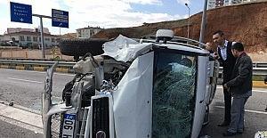 Kırıkkale'de otomobil ile hafif ticari araç çarpıştı: 6 yaralı