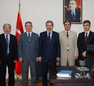 Türk Ocakları'ndan Rektör'e Ziyaret