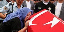 Adana şehit polisleri uğurladı